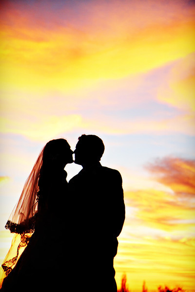IMAGE: http://jwilsonphotography.smugmug.com/Weddings/Colette-and-Kurt/i-TfMh34j/0/L/357-L.jpg